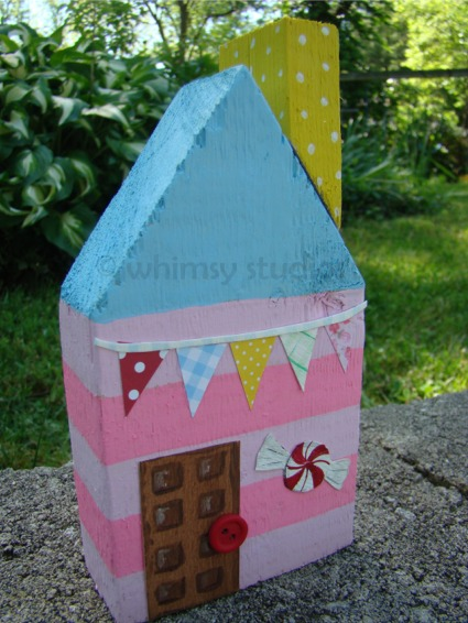 Cupcake candy house