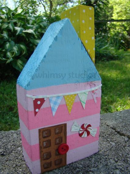 Cupcake candy house
