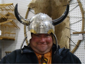 Andy hat viking
