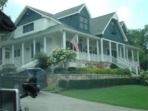 Lake 2010 veras house