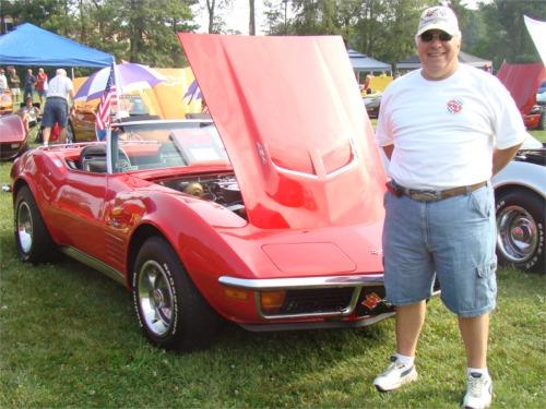Dad vette car show