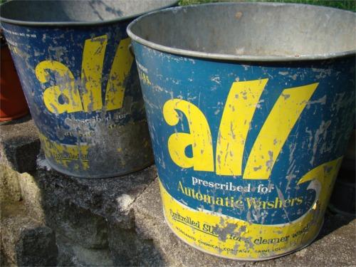All buckets empty