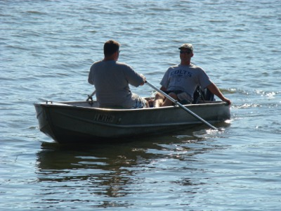 Lake 2010 canoe men
