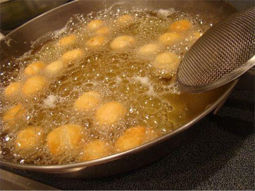 Struffoli fry pan