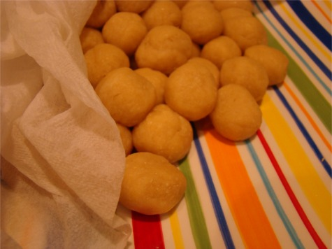 Struffoli dough balls