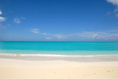Tandc grace-bay-beach-1