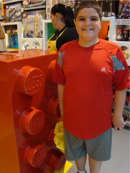 G lego store