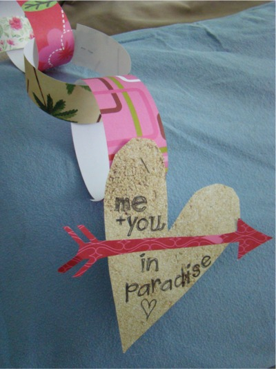 Paper chain heart