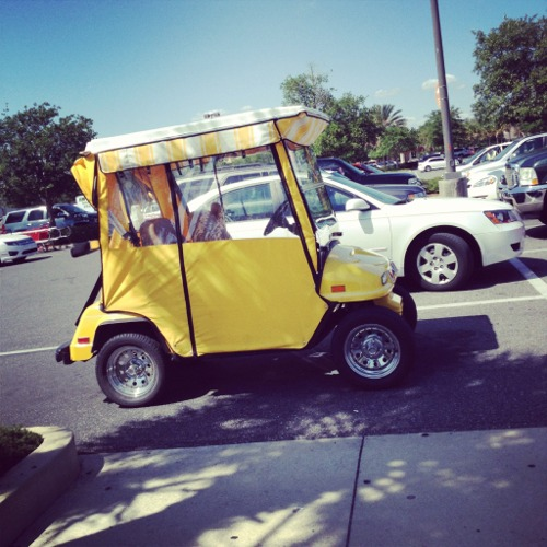 Villages yellow cart