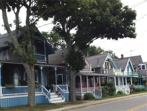 Cape cod vineyard cottages
