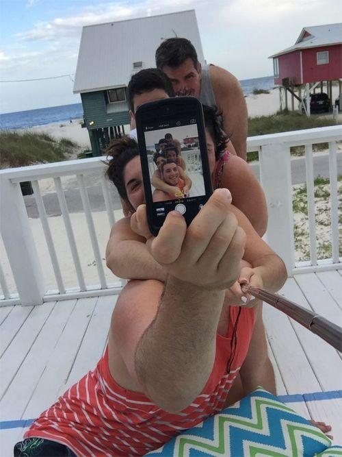 Gs fam selfies