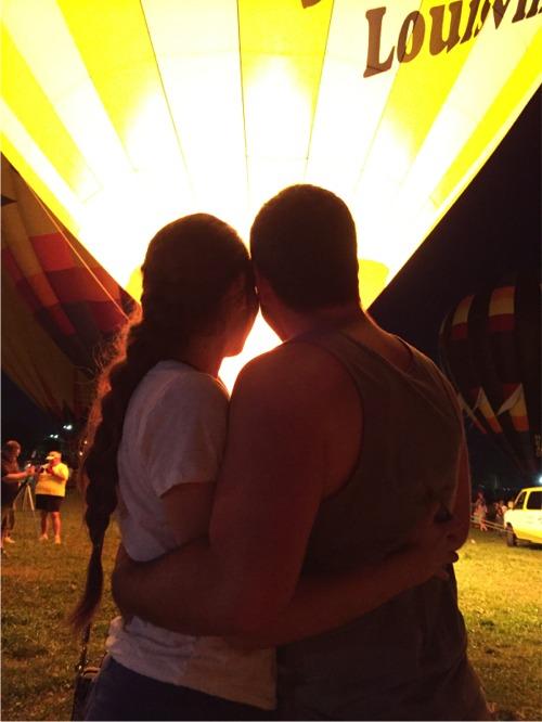 R and j balloon glow