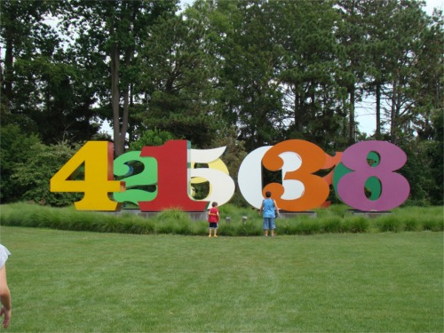 Numbers_sculpture